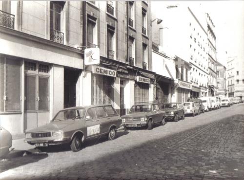 Rue des Couronnes-Vue du Pressoir.jpg
