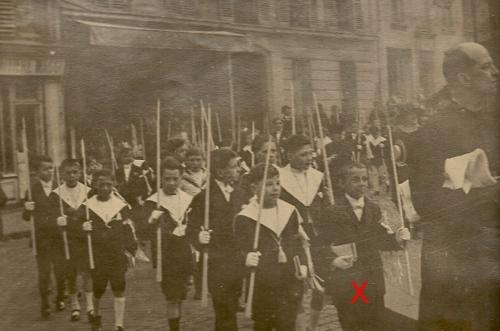 1925 communion.jpg